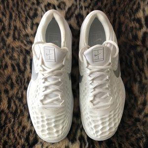 Women's Nike Air Zoom Cage 3 (Tennis Sneakers)
